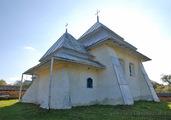 Росохи: вид на церковь с северо-востока