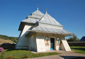 Росохи: вид на церковь с северо-запада