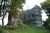 Замок Нялаб - килевидная башня 2